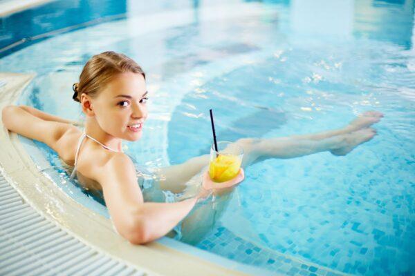 uprava vody ve virivce swim spa a bazenu