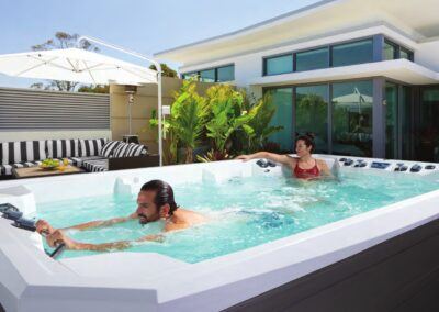 Swim spa Marquis V150W ilu